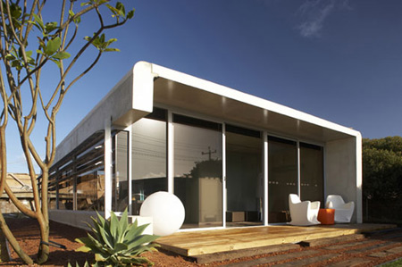 Link to The Perrinepod: concrete prefab from Australia