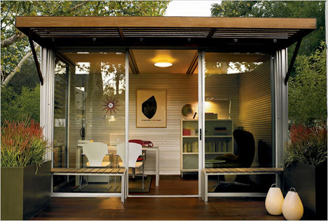 Link to Prefab goes retail: buy a kitHAUS at Design Within Reach