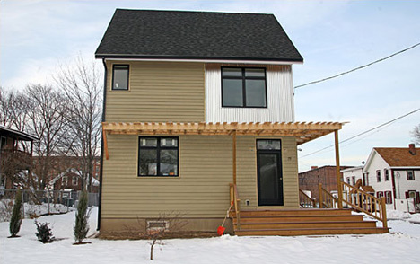 Link to Boston area home goes prefab and green